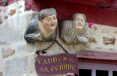 Vannes et sa femme et la porte St Vincent Ferrier