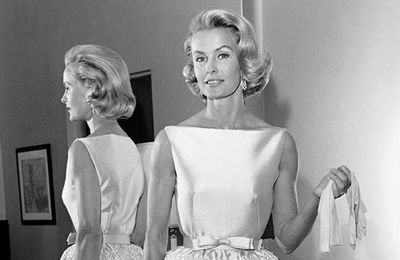 Dina Merrill obituary