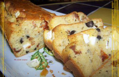Cake feta, olives noires et tomates