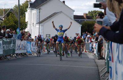 La photo de la victoire de Clément Huguet (VS Chartres) lors de la 7ème étape du TSB à Mouhet (36)