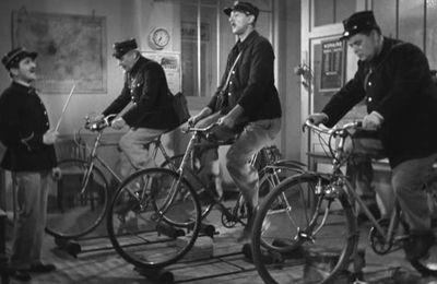 L'école des facteurs (Jacques Tati, 1947)