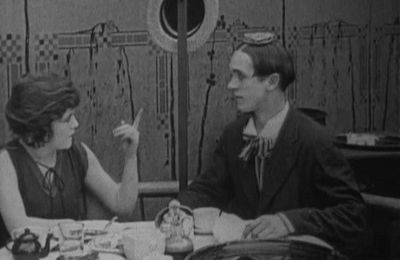 Just rambling along (Hal Roach, 1918)