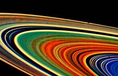 Les anneaux de Saturne seraient quasiment aussi vieux que le système solaire
