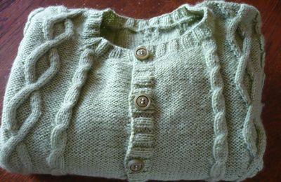 un joli gilet en laine Fonty BB mérinos taille 3 - 4 ans