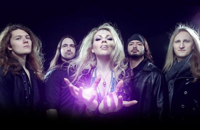 Nouveau clip de KOBRA AND THE LOTUS