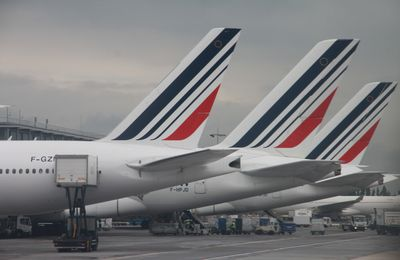 Les syndicats des PNC  d'Air France assigent la Direction