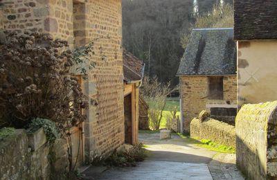L'un des plus beaux villages de France : Saint-Cénéri-le-Géréi