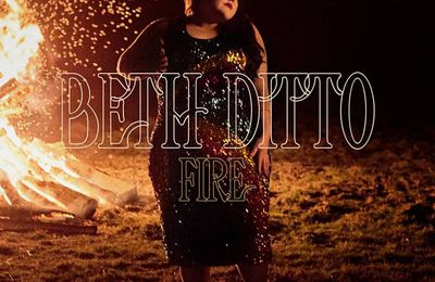 Beth Ditto allume son Fire