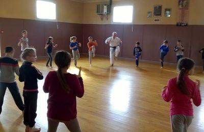 Initiation au Karaté pour les classes de Primaire de St Sylvestre