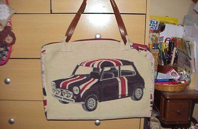 Un sac en accord avec ma voiture de collection