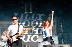 LILLY WOOD & THE PRICK : MIDDLE OF THE NIGHT (2012)