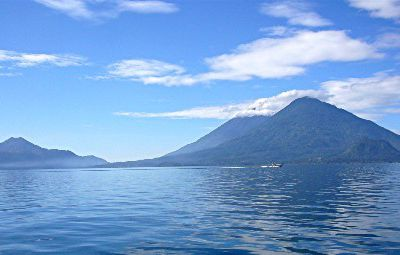 EMOTIONS... / LAC ATITLAN