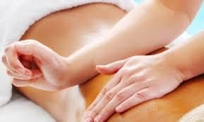 """Pour la St Valentin notre praticienne en massage """"Bien-être"""" offre"""