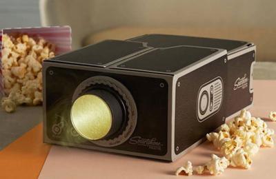 [test]  Vidéoprojecteur Universel Cinema pour Smartphone