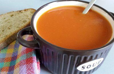 Soupe de tomates fraîches