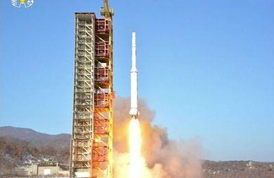 Après le lancement réussi du satellite Kwangmyongsong 4, les Etats-Unis et la Corée du Sud choisissent l'escalade militaire