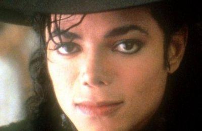 Dans les yeux de Michael Jackson et d'Elisabeth Taylor.