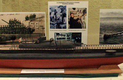 Hommage aux sous-mariniers du Surcouf