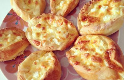 Minis Pide aux fromages Turc .