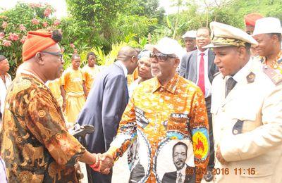 Remise du paquet minimum dans l'arrondissement de Njombé-Penja : Sous-préfet NOUHOU BELLO recommande une gestion rationnelle du matériel
