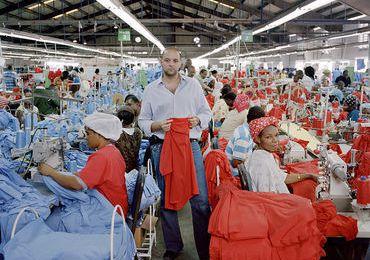 Refugiés haïtiens : les déportés de l'Empire. - Par le Regroupement des Haïtiens de Montréal Contre l'Occupation d'Haïti (REHMONCO)
