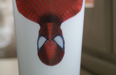 Gobelet plastique Evian Spiderman Live Young