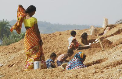 Mica mining, cosmetic industry and forced labour