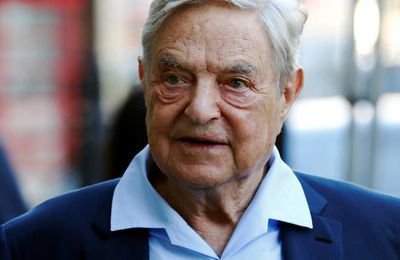 George Soros piraté : comment il influence Paris et tente de contrôler Moscou (Russia Today)