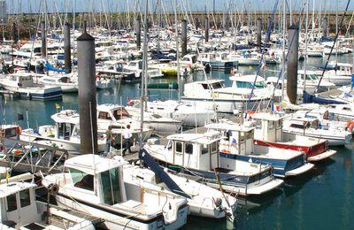 Huit voleurs de moteurs de bateaux en procès à Rennes