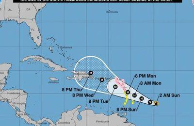 Ouragan Maria : la Guadeloupe placée en vigilance rouge, des renforts attendus