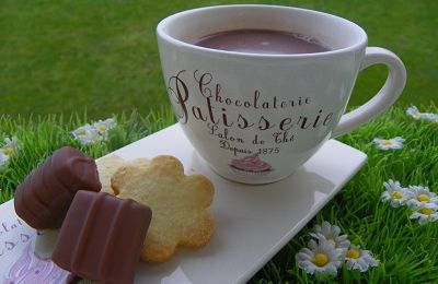 CHOCOLAT CHAUD NOISETTE (thermomix)