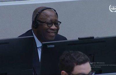 #CPI / Laurent #Gbagbo vous remercie pour votre soutien ! (#Vidéo #ProcèsDeLaHonte #AfricaForum #KonéKatinan)