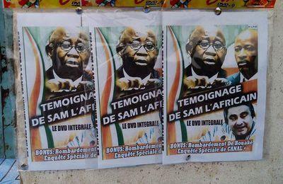 #ProcèsDeLaHonte / DVD du show de Sam l'Africain à la CPI en vente à Abidjan (#100Commentaires #FreeGbagbo)