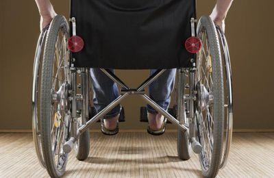 Elle réclame des millions pour son fils handicapé