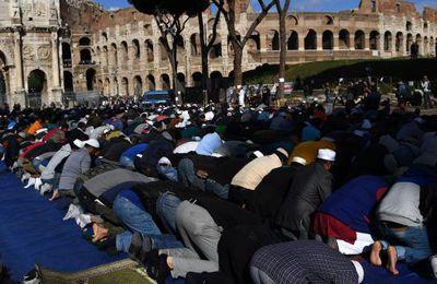 Rome: des musulmans manifestent contre la fermeture de lieux de culte