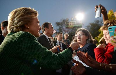 Hillary Clinton passe la barre symbolique des 50% d'intentions de vote