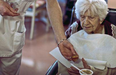 Les médicaments anti-Alzheimer vont pouvoir continuer à ruiner la santé des patients