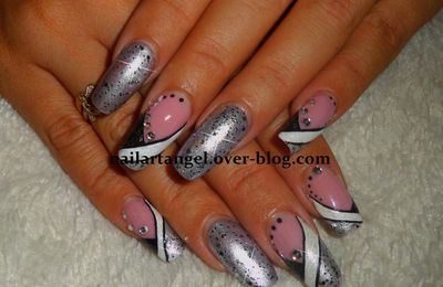 Nail art métallique, nail art facile, nail art french manucure design, metallic nail art