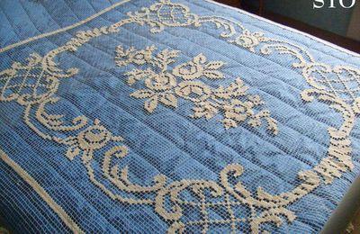 Couvre-lit en filet enfin restauré