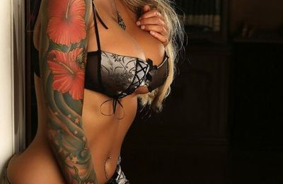 Megan Daniels - Blonde - Sexy - Tatouages - Picture - Free