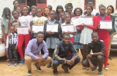 Douze lycéennes camerounaises leaders en nouvelles technologies