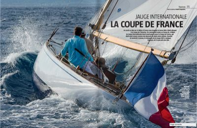 Voile : accroché au liston de France