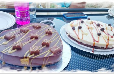 Tartas de chocolates con  trozos de chocolate