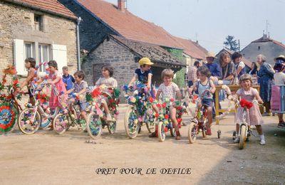Eté 1979, le défilé de vélos.