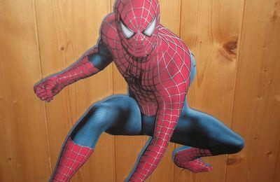 Décor mural en bois spiderman