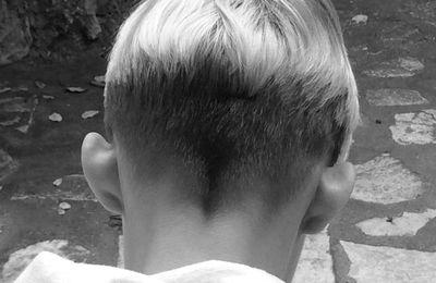 La fille chez le coiffeur