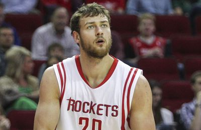 OFFICIEL : Detroit annule le trade avec Houston