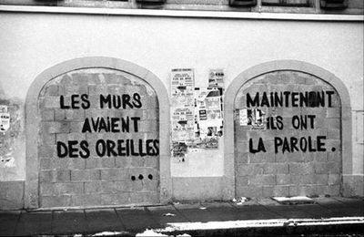 On écrit sur les murs