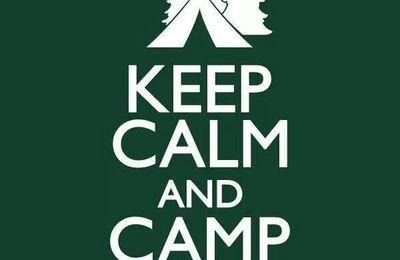 Faire du camping en famille.