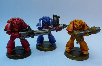 Space Crusade : Peindre les armes lourdes space marines.